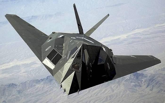 Самолёты-«невидимки» F-117 уходят «на пенсию»