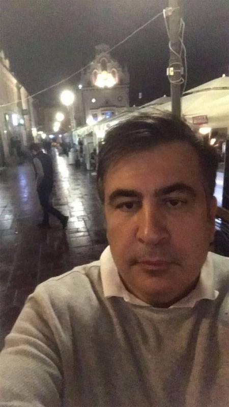 """Saakashvili está indo para Kiev, porque """"a cidade deve ser salva"""""""