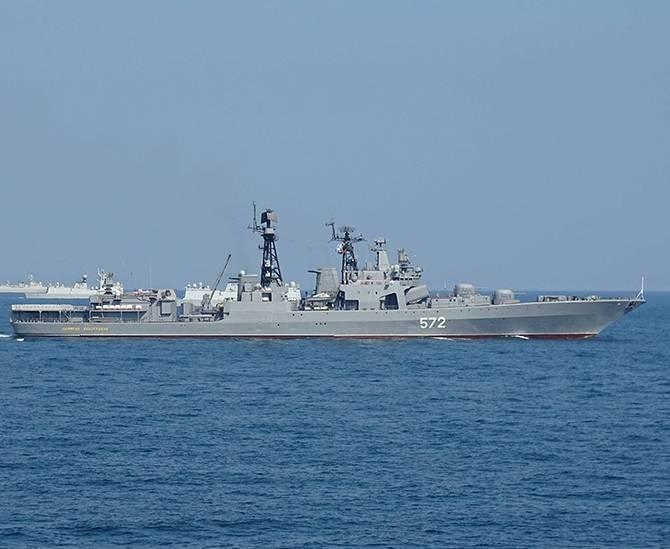 A Marinha Russa e a Marinha Chinesa irão participar num exercício conjunto de navios 11