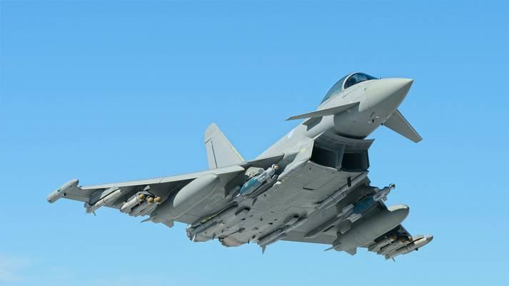 Katar, İngiltere'den Eurofighter Typhoon avcısı 24'i satın almak istiyor