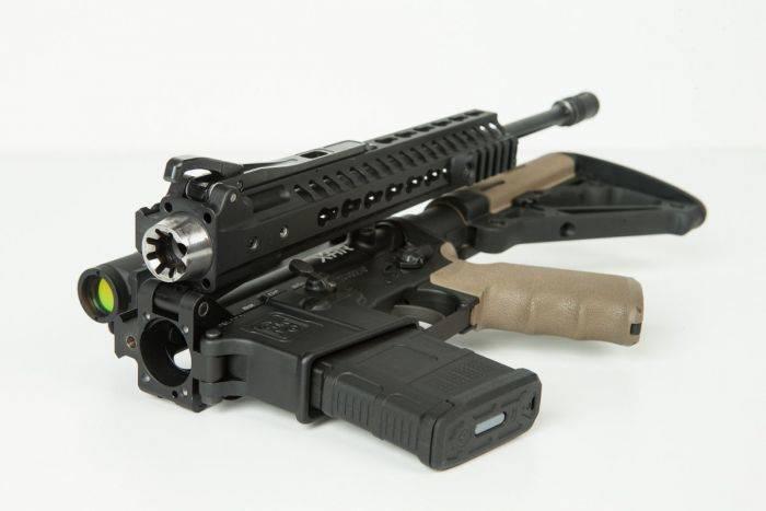 Rifle dobrável AR-15 apresentado nos EUA
