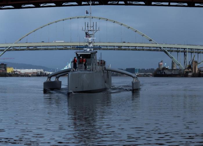 Marinha dos EUA comprando drones do mar Sea Hunter
