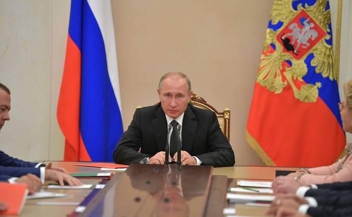 Путин предложил лишать свободы за нарушения в сфере гособоронзаказа