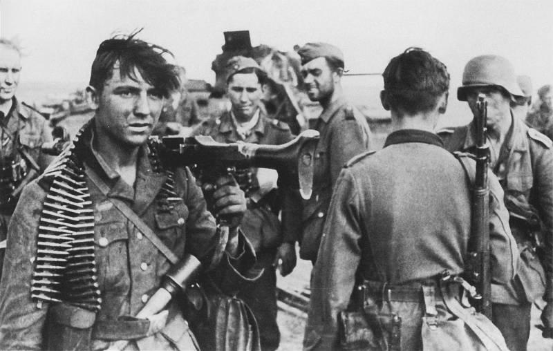 """Las tropas soviéticas lucharon por cada centímetro de tierra ..."""