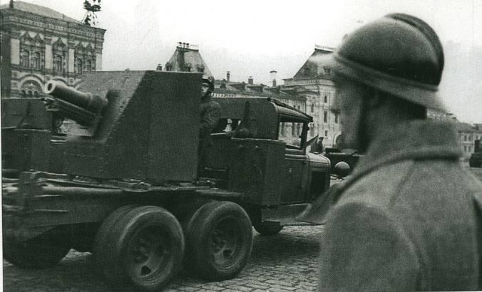 """关于武器的故事。 """"Polkovushki""""。 76 mm 1927和1943型军团枪"""