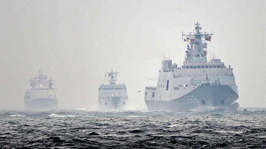 Спасение тонущего корабля отработали научениях морякиРФ иКитая