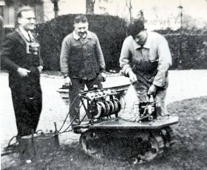 土地魚雷VéhiculeKégresse(フランス)