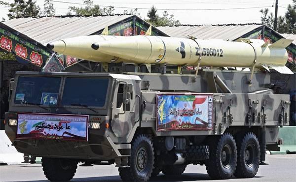 Кадры военного парада в Тегеране