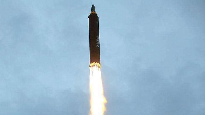 媒体:平壤从首尔偷走了弹道导弹发射技术
