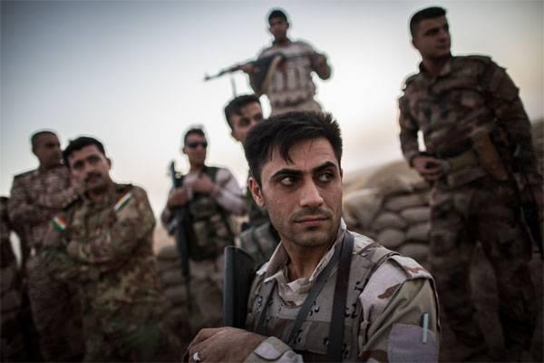 クルド軍はDeir-ez-Zorの北のEuphratesに行きました