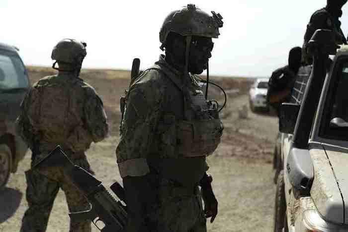 El Ministerio de Defensa espera explicaciones estadounidenses con las que las fuerzas especiales estadounidenses están combatiendo en Siria