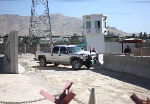 Аэропорт Кабула обстреляли незадолго до прилёта главы Пентагона и генсека НАТО