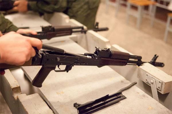 Blagoveshchenskの近くの試験場で、兵士は彼の同僚を撃ちました
