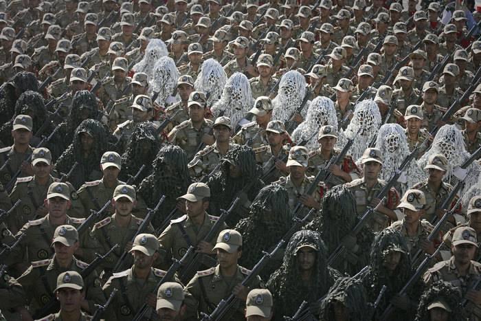 イランとイラクは合同軍事演習を計画している
