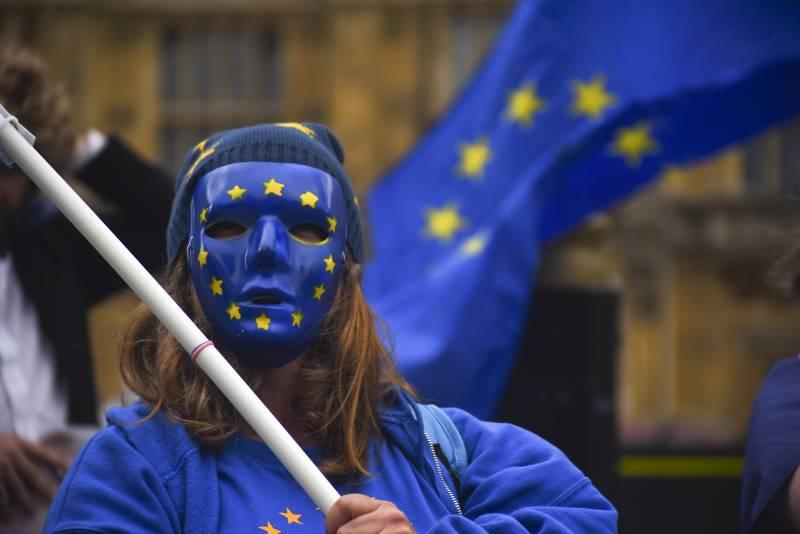 ЕС решил продлить санкции против России