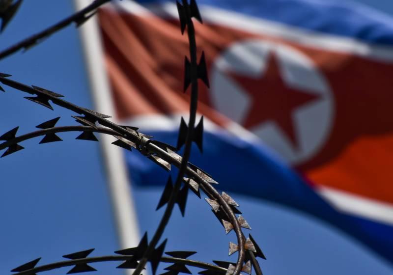 Президенты Южной Кореи и США договорились усилить давление на Пхеньян