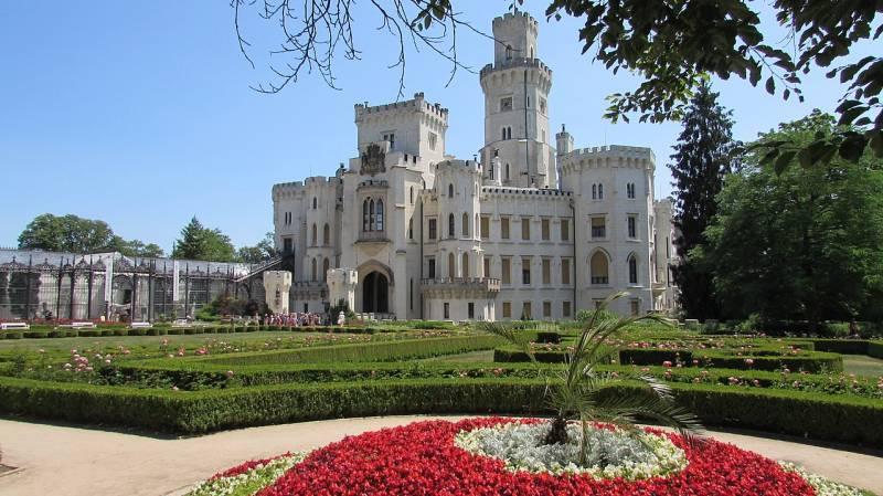 Замки Чехии: замок Глубока