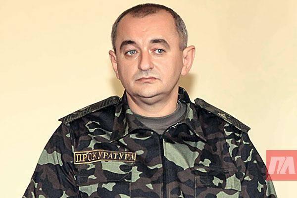 Матиос: каждый украинец должен иметь оружие для самозащиты