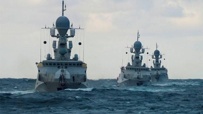 カスピ海の小艦隊は新しい基地を受け取る