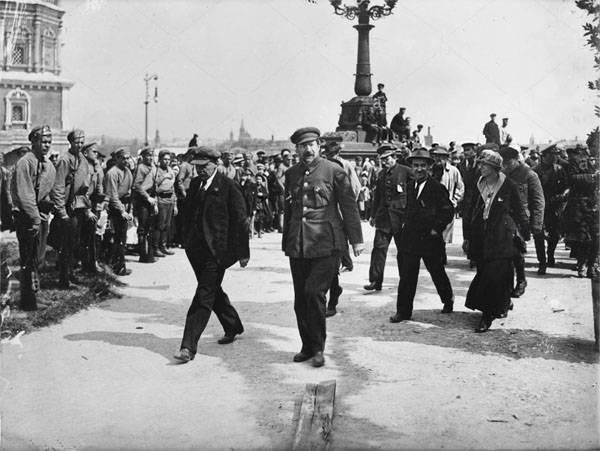 苏联的历史。 斯大林如何扎根苏联