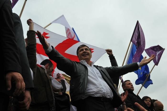 Lutsenko falou sobre os obstáculos à extradição de Saakashvili para a Geórgia