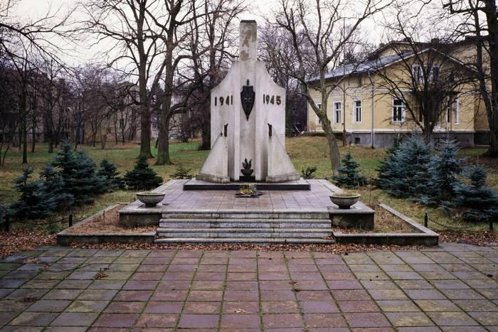 ONF:未知の兵士としてヨーロッパに埋葬された何千人もの兵士の7,5名