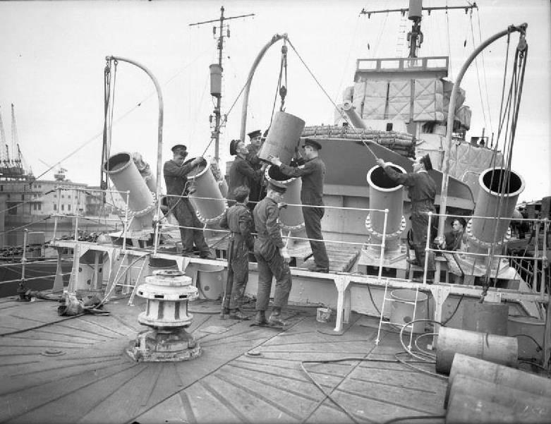 Bombardiers anti-sous-marins Fairlie Mortar et Thornycroft Mortar