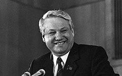"L.Ivashov: ""Los oligarcas empujaron a Yeltsin para golpear a 1993"""