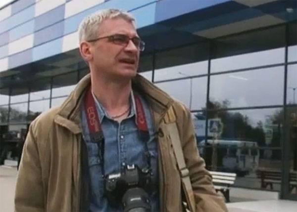 """Periodista de NTV fue detenido en Ucrania mientras cortaba pastel """"Kiev"""""""