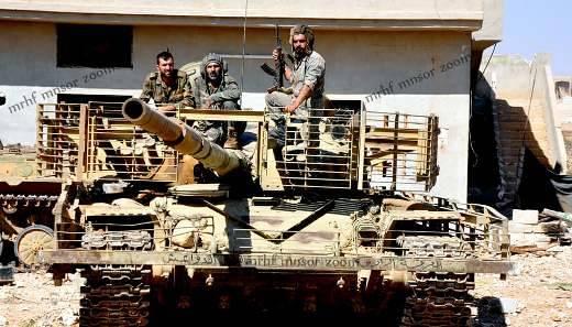 シリアの浜の「保護過剰」T-72