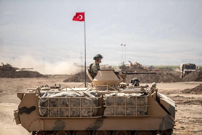A Turquia anunciou prontidão para iniciar operação militar contra curdos sírios