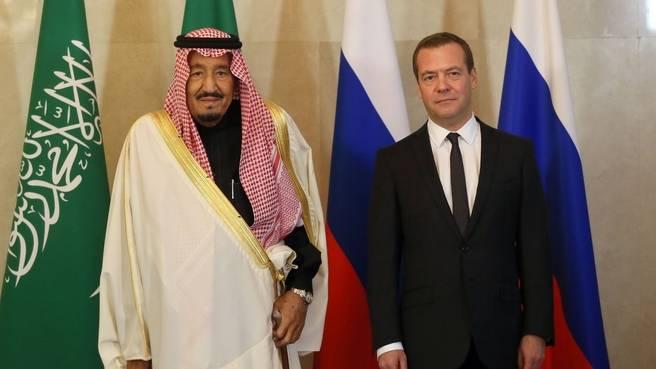 サウジアラビア王はイランを中東の平和を妨げたとして非難した
