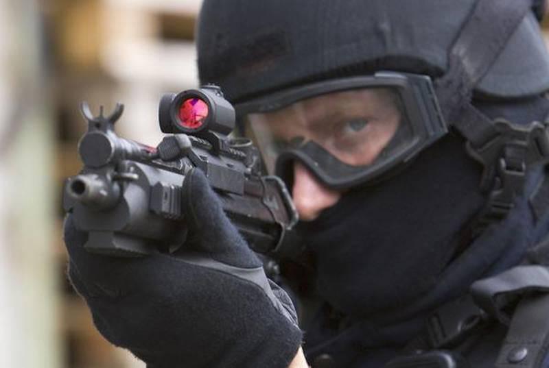 智能射击:智能武器和智能配件
