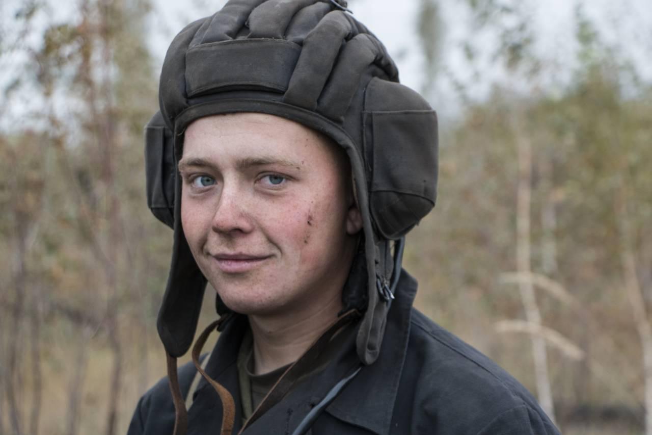 мой танкист фото задней стороне