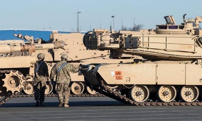 防衛:米国はロシア国境で全部門を展開した