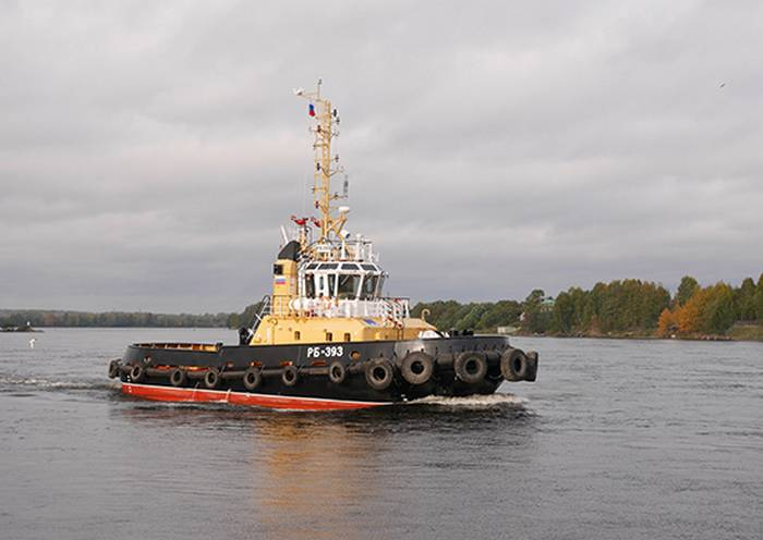 The newest RB-393 tug of the 90600 project has been accepted into the Navy