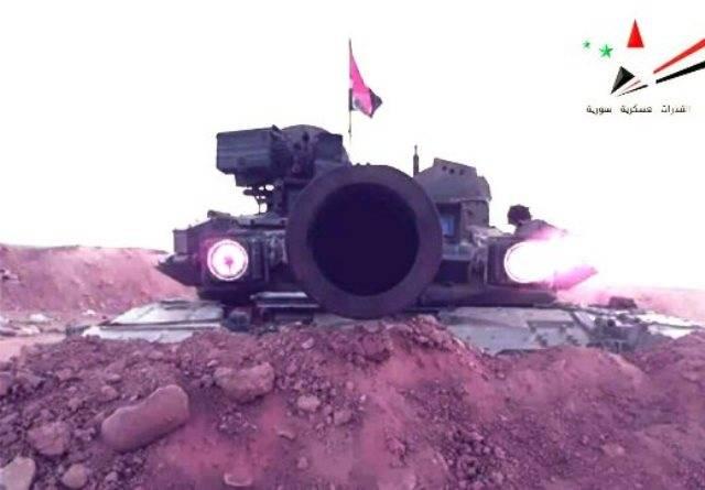 """T-90对叙利亚军队的位置有""""红眼"""""""