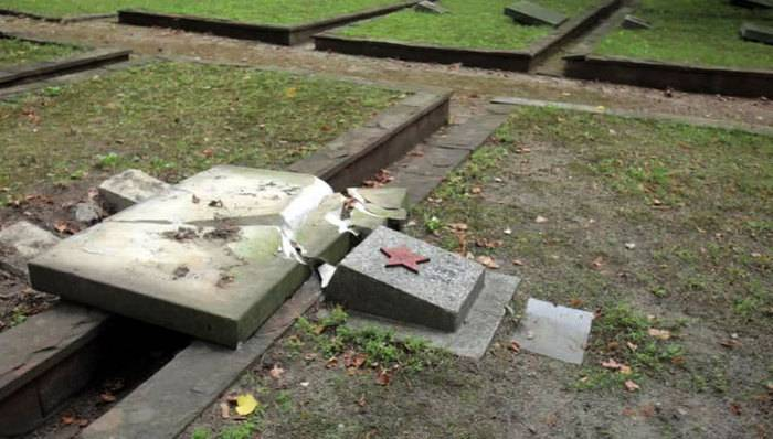 In Poland, over four years, more than 70 monuments to Soviet soldiers were desecrated