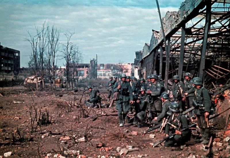 """""""Es war ein schrecklicher, anstrengender Kampf am Boden und unter der Erde ..."""" Der dritte Angriff auf Stalingrad"""