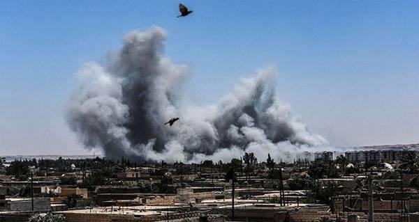 Medien: ISIS-Kämpfer in Racca ergaben sich der amerikanischen Koalition