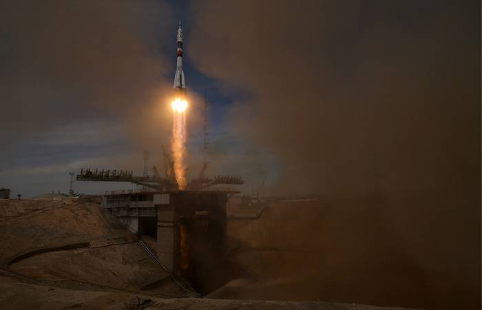 """Rocket """"Soyuz-2.1"""" with the ship """"Progress MS-07"""" launched from Baikonur"""
