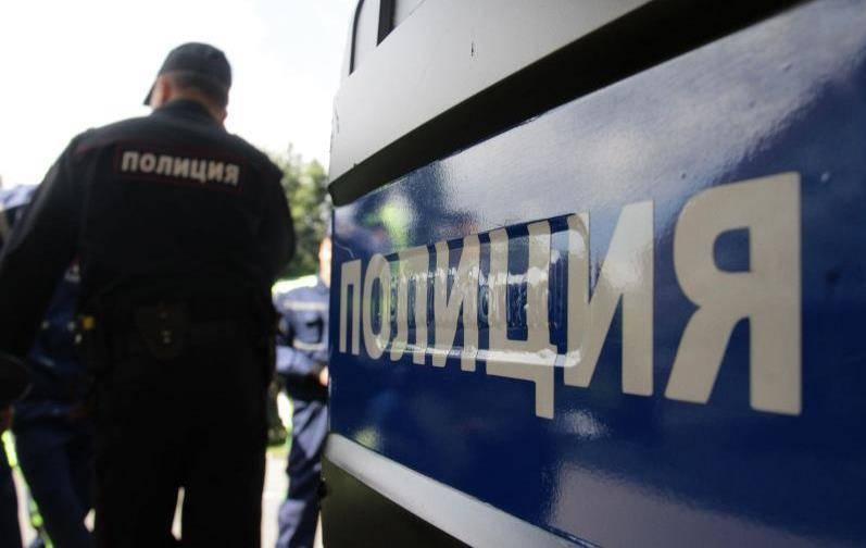 Piquete não autorizado parado na Crimeia