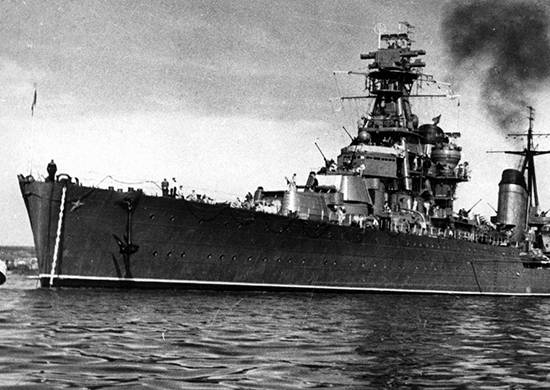 In October, 1935, the first Soviet series of 26 cruisers was laid.
