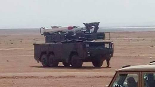 """车轮""""Buk-2E""""在撒哈拉沙漠拍摄"""