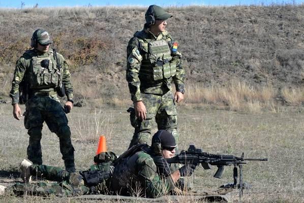 Les forces spéciales moldaves (et ce n'est pas toutes les nouvelles ...) sont formées par les Américains et les Roumains