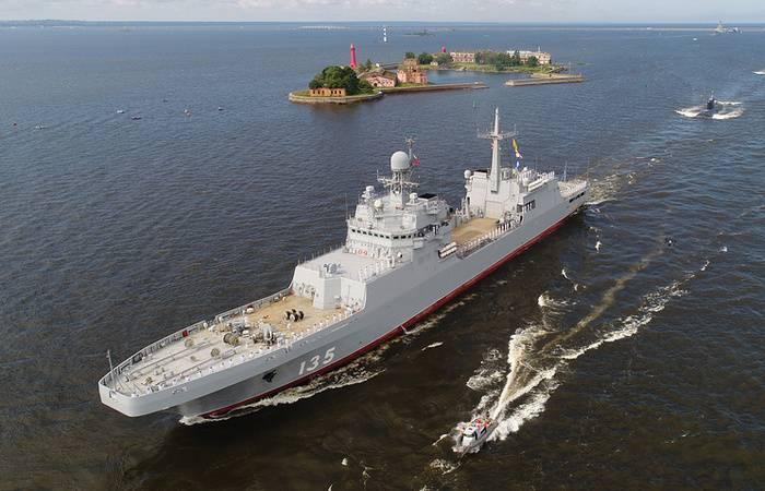海軍砲兵複合体でテストされたBDK「イワングレン」