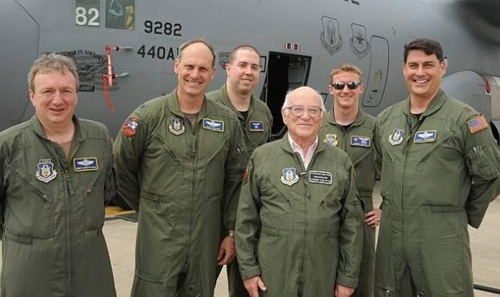 米空軍は退職者に戻ります