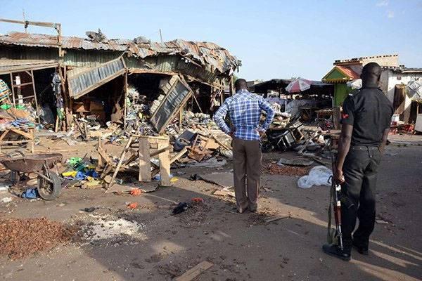 """Нигерию терактами """"предупредили"""" о том, что снижать зависимость от доллара нельзя?"""