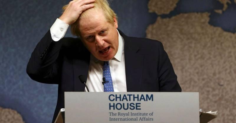 Джонсон объявил, что Великобритания не хочет ослаблять антироссийские санкции