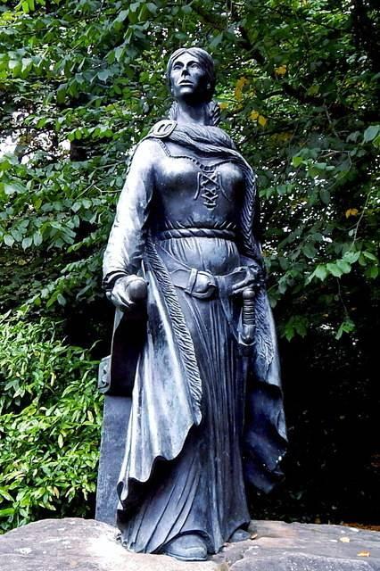 Lysa Graine - Mistress of the Irish Seas
